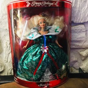 Barbie Happy Holidays / NWT/1995 Rare Vintage